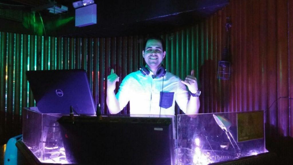 Latin DJ with www.wedding-entertainment.ie