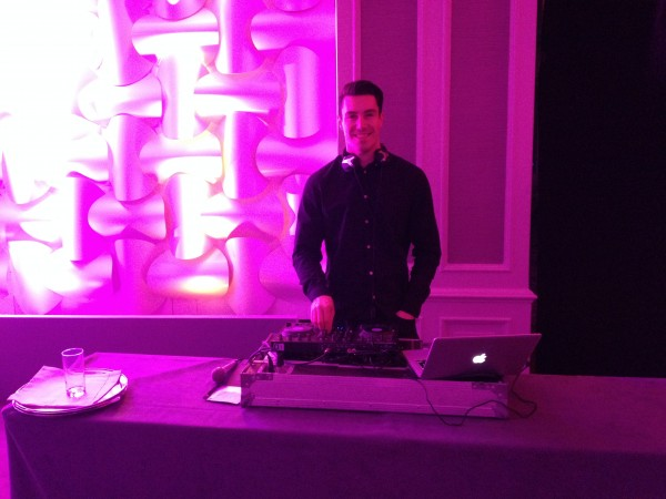 Mark Toal Lennon DJ with www.wedding-entertainment.ie